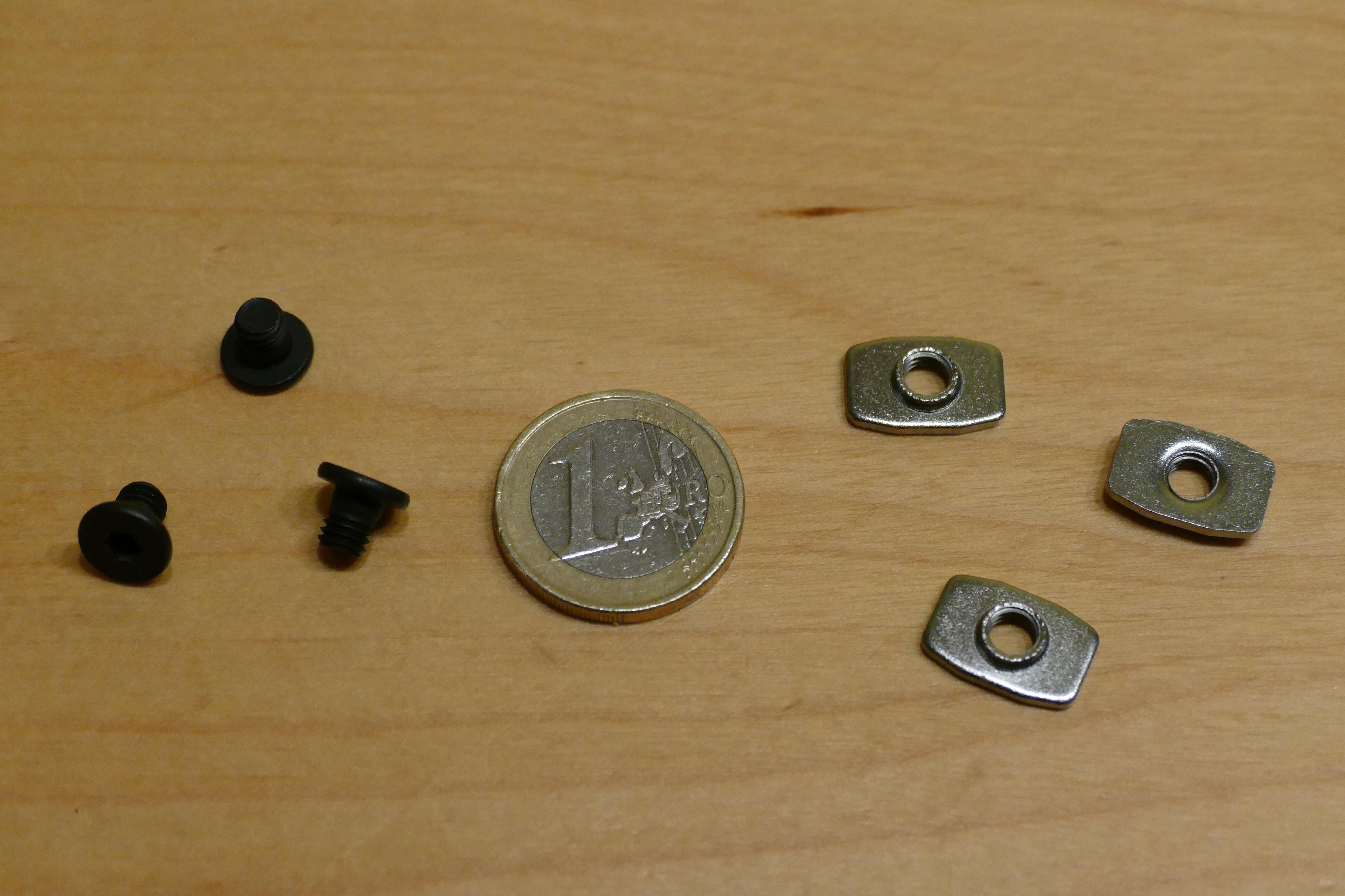 OpenBuilds Flachkopfschrauben und T-Nuten, M5x6mm, Mutter M5 (25er Pack)